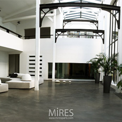 Exceptional luminous loft 520m with garden paris le for Club piscine ottawa ontario