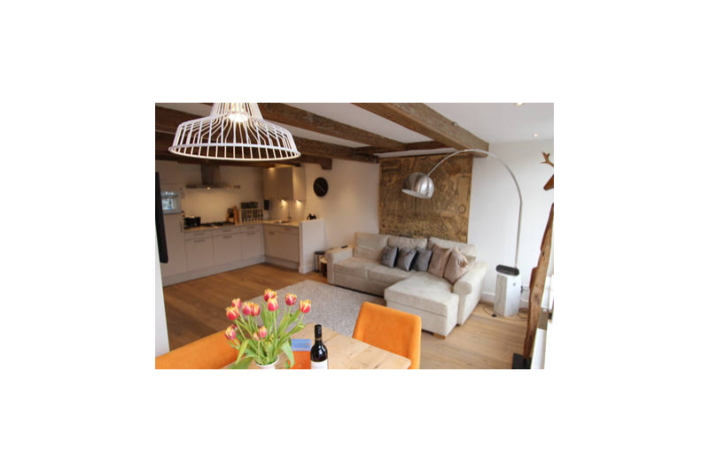 Fab 2 Bedroom Canal View Apartment In The Jordaan Centrum Noord Holland Love Home Swap