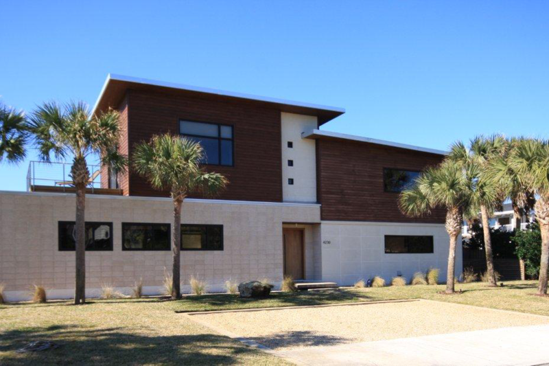 Cool contemporary house by the ocean jacksonville beach for Modern house jacksonville