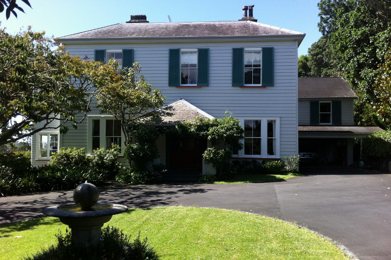 Gorgeous double storey victorian villa with remuera for Double storey victorian homes