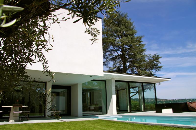 Superbe maison d 39 architecte design et dardilly rhone for Maison home design lyon