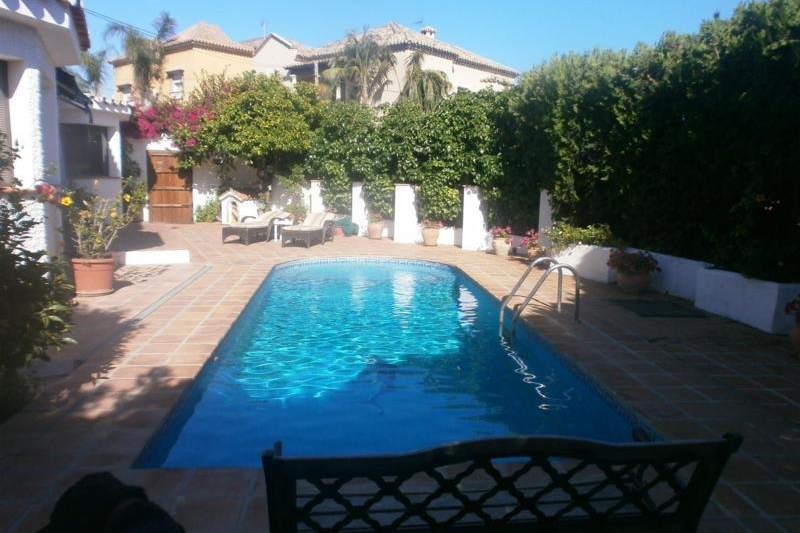 Detached villa pool near marbella m laga spain san for Pool show near me