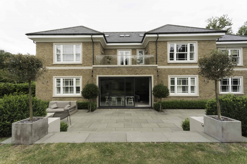 Space And Contemporary Luxury In Leafy Surrey, Thirty Minutes From Central  London