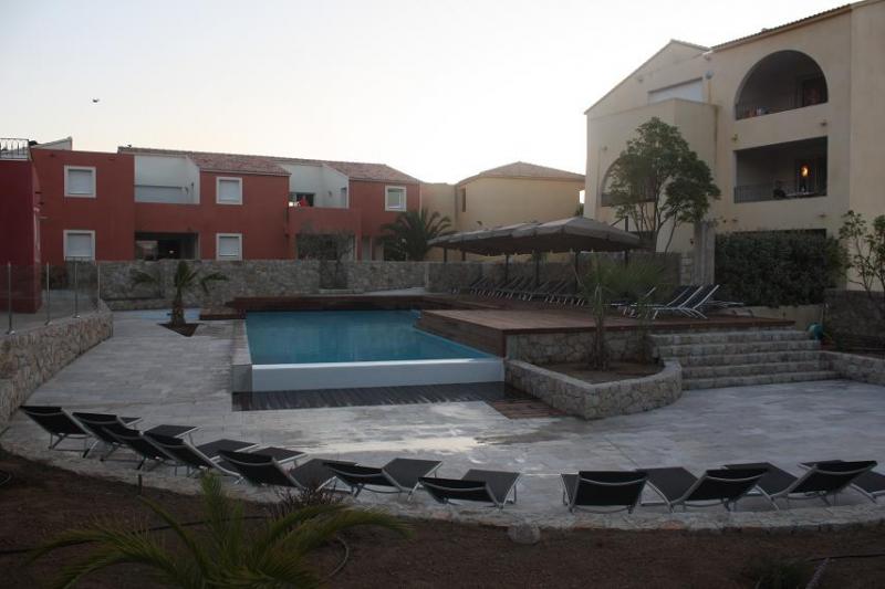 Appartement de standing dans residence avec monticello for Residence a mohammedia avec piscine