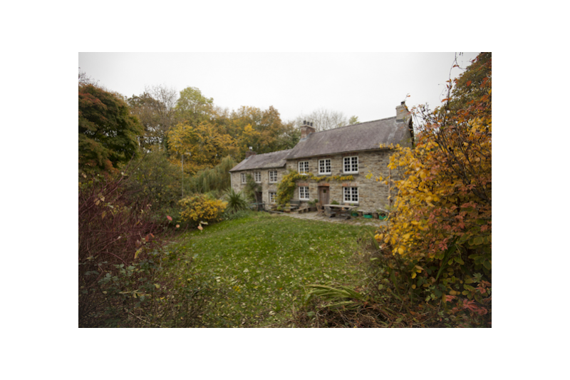 Very pretty rustic hideaway country house llangoedmor for Really pretty houses