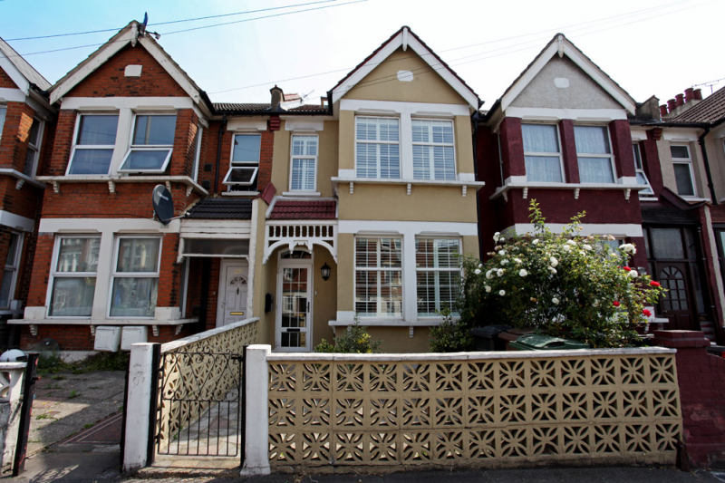 4 BEDROOM EAST LONDON HOUSE - London, Greater London ...