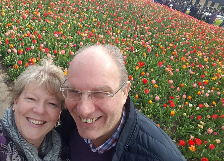 A guide to home swapping : Meet Deborah & Les from the UK